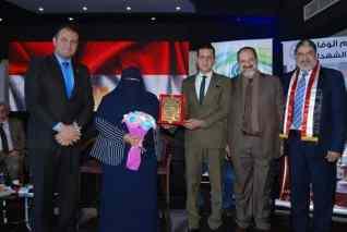تكريم ناريمان حسن في ذكري تحرير سيناء لدورها الرائد في العمل الوطني
