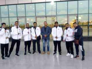 وصول المنتخب العماني للمشاركة في البطولة العربية 21 لكمال الاجسام
