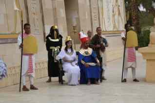 عرض مسرحي مبهر بالقرية الفرعونية بمناسبة عيد الربيع
