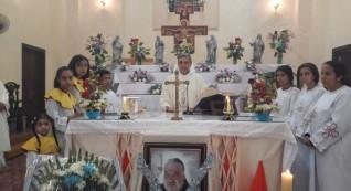 قائد الجيش الثالث يقدم واجب العزاء فى وفاة راعى الكنيسة اللاتينية