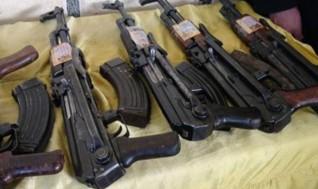 ضبط 23 قطعة سلاح نارى بدون ترخيص فى حملة أمنية بالمنيا