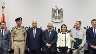 وزيرا الاستثمار والتنمية المحلية يشهدان توقيع تسوية ودية بين محافظة الدقهلية وجامعة الدلتا