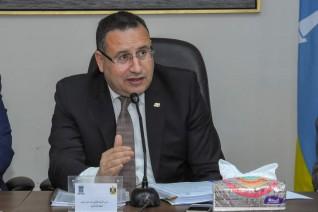 محافظ الإسكندرية يترأس جلسة المجلس التنفيذي للمحافظة