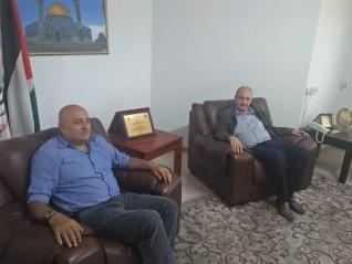 أمين عام حزب العدالة الفلسطيني يجتمع بعضو اللجنة التنفيذية واصل أبو يوسف