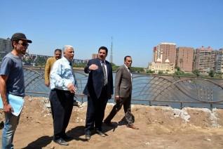 محافظ القليوبية يتفقد الممشى النهري الجاري إنشائه بكورنيش بنها
