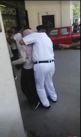 أهالى طلاب أولى ثانوي يفطروا أمام أقسام الشرطة