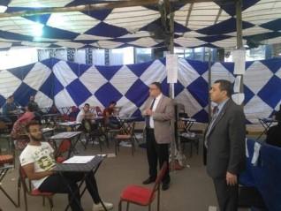 نائب رئيس جامعة الإسكندرية يتفقد سير الإمتحانات