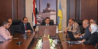 محافظ الإسكندرية: يناقش تطوير مبني الملاحظات بمستشفي الحميات بعد توقفه لمدة ١٥سنه