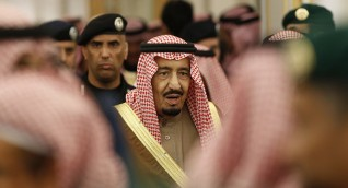مستشار أردوغان يحذر الملك سلمان من «كارثة تجر السعودية للهاوية»