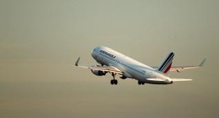 شركة طيران هولندية تتفادى أجزاء من المجال الجوي الإيراني