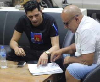 """شاهد.. أول صورة لـ محمد لطفي والمنتج وائل عامر من كواليس فيلم """"استدعاء ولي عمرو"""""""