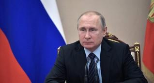بوتين يحذر من إنهيار في الإقتصاد العالمي