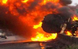 مقتل 4 أشخاص وإصابة 11 آخرين في انفجار شاحنة وقود وسط روسيا