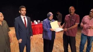 تكريم الفائزين بجائزة الدكتور محمد هندى للإبداع بسوهاج