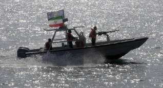 إيران تدعو بريطانيا للإفراج عن الناقلة النفطية ومغادرة القوى الأجنبية للشرق الأوسط