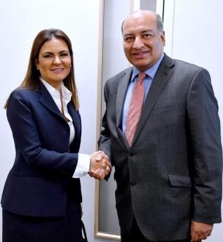 وزيرة الإستثمار تبحث مع رئيس البنك الأوروبى تطوير السكك الحديدية والكهرباء بمصر