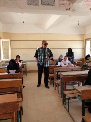"""""""النيلي"""" يتفقد لجان امتحانات الدور الثاني للشهادة الإعدادية بمدينة الضبعة"""