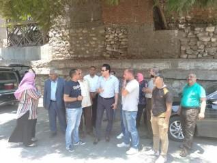 بالصور .. نائب محافظ القاهرة يتفقد منطقة الفواخير لنقل 22 مومياء بداخلها