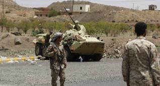 """الجيش اليمني يلحق خسائر بجماعة """"أنصار الله"""" في الحديدة"""