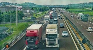 مقتل وإصابة العشرات جراء تصادم حافلة ركاب بشاحنة في إقليم ستافروبول الروسي