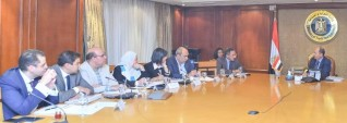 وزير التجـارة يترأس الإجتماع الأول لمجلس تحديث الصناعة بتشكيله الجديد