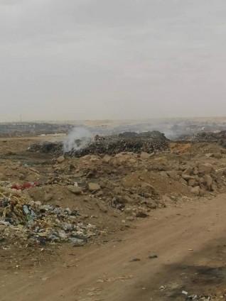 محافظ أسوان يحيل العاملين بمشروع النظافة للتحقيق بسبب انتشار القمامة
