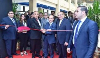 """وزير التجارة والصناعة يفتتح معرض الأهرام الـ 25 للأثاث والديكور """"اندورز """""""