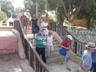 المناطق الاثرية بالمنيا تستقبل وفد سياحي من 4 جنسيات