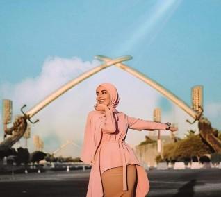 """سمر شاكر: سعيدة بمشاركتي في مهرجان """"أسبوع الموضة العربي"""" في دبي"""