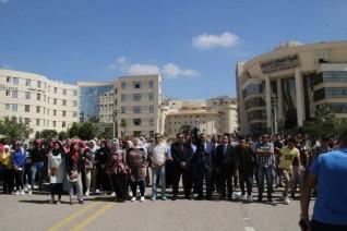 رئيس جامعة كفر الشيخ يطلق إشارة بدء الماراتون الرياضي