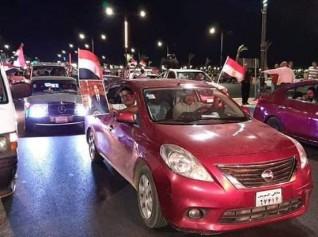 مسيرات تؤيد الرئيس السيسى فى شوارع السويس