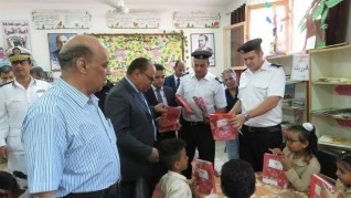 مديرية أمن الأقصر تقوم بسداد مصاريف 391 طالب وطالبة من المدارس الحكومية