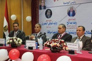رئيس جامعة كفر الشيخ يشهد حفل استقبال الطلاب الجدد بكلية الآداب