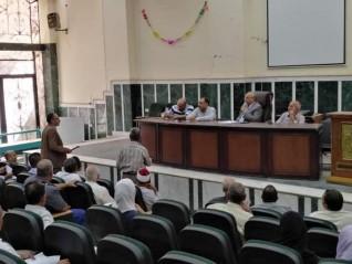 صور ... رئيس مركز ومدينة ملوى يترأس اجتماع المجلس التنفيذي