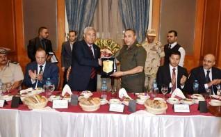 محافظ أسوان يحتفل بالذكرى الـ 46 لإنتصارات حرب أكتوبر المجيدة