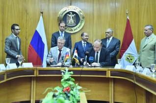 بروتوكول بين العربية للتصنيع  كبري الشركات الروسية لتعميق التصنيع المحلي وتوطين التكنولوجيا