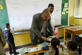 وكيل تعليم مطروح يتابع سير العملية التعليمية بواحة سيوة
