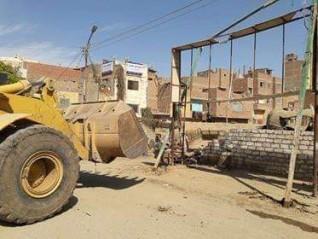 حملة مكبرة لإزالة الإشغالات بمركز بني مزار بالمنيا