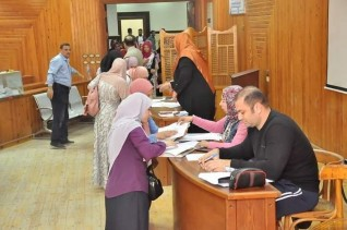 طلاب جامعة كفر الشيخ يواصلون التصويت في انتخابات اتحاد طلاب الكليات