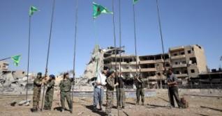 الإدارة الكردية: المباحثات جارية مع النظام وروسيا حول الانتشار العسكرى