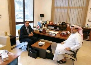 رئيس جامعة سوهاج يناقش سبل التعاون مع جامعات البحرين وأكاديمية بروسيا