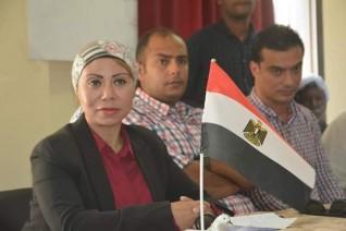 نائبة محافظ البحر الأحمر تعقد مؤتمر جماهيرى لاهالى مدينة حلايب