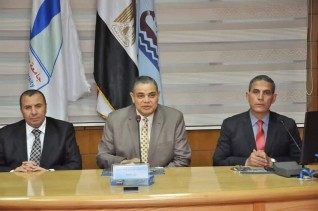بالصور.. رئيس جامعة كفر الشيخ يجتمع بمجلس اتحاد طلاب الجامعة المنتخب