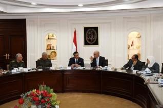 وزيرا الإسكان والتعليم العالي يستعرضان المواقع المقترحة لإنشاء جامعات تكنولوجية بالمدن الجديدة