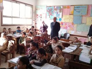 جرامون يتابع العملية التعليمية بمدارس كفر شكر