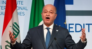 الرئيس العراقي يدعو الكتل السياسية للتعاون في اختيار الحكومة