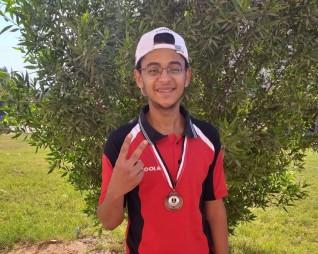 لاعب أسوان لتنس الطاولة يفوز بالميدالية البرونزية فى بطولة المحافظات الحدودية