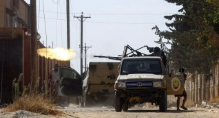 """بركان الغضب: """"مليشيات حفتر تطلق وابلا من صواريخ غراد عشوائيا على طرابلس"""""""