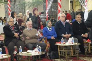 آداب المنصورة تحتفل بضيوف المؤتمر الدولي للخلايا الجذعية