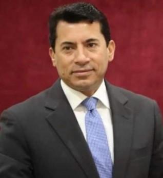 وزير الرياضة يبحث مع رئيس نادي الجزيرة استعدادت افتتاح فرع النادي بمدينة 6 أكتوبر
